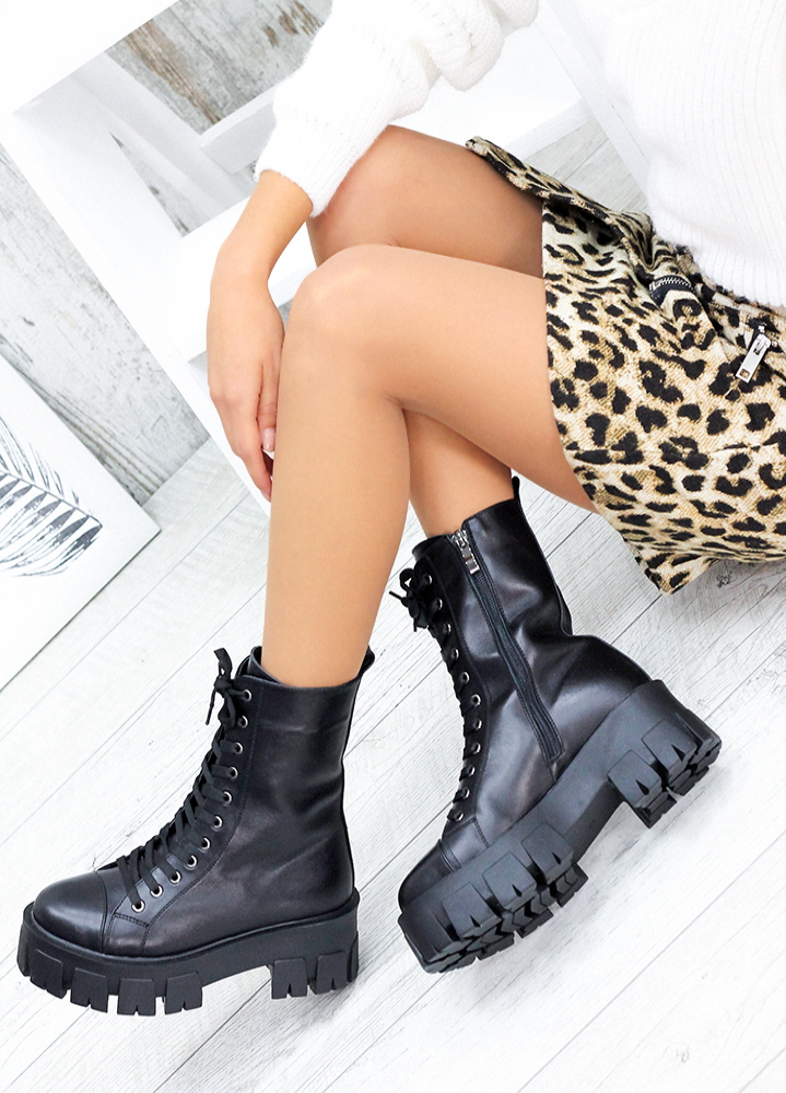 Берцы черные кожаные на платформе 7560-28