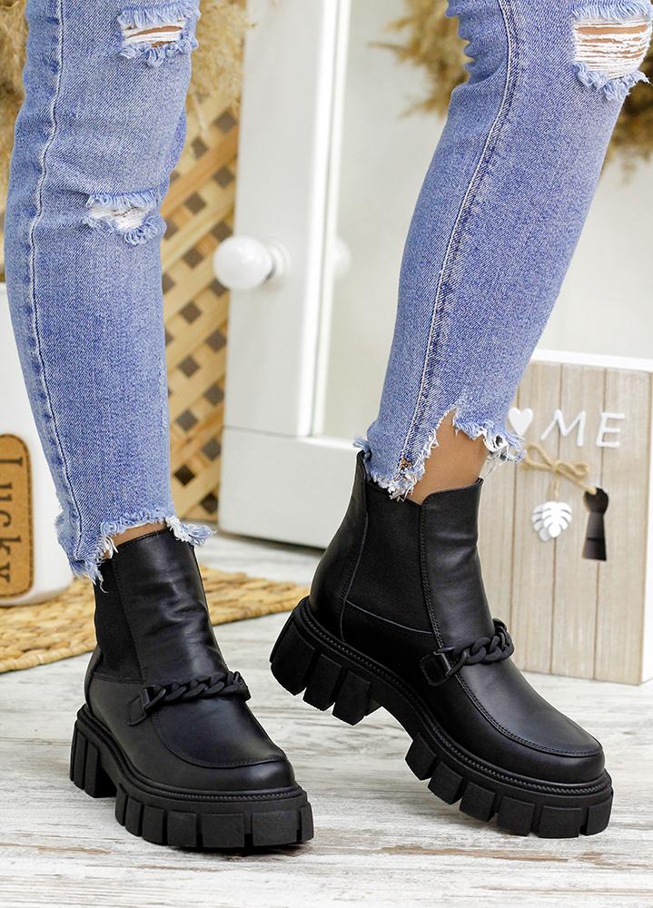 Ботинки с резинкой черная кожа 7808-28