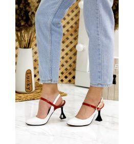 Туфлі босоніжки лак шкіра 7751-28
