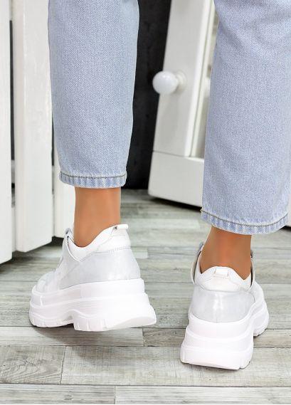 Кросівки шкіряні білі 7474-28