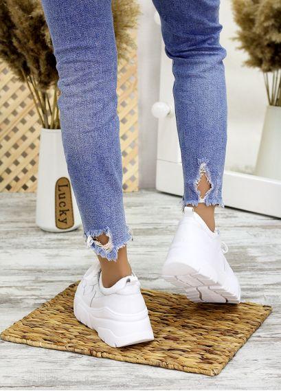 Кросівки білі шкіряні 7705-28