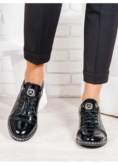 Туфлі чорні лакована шкіра 6676-28